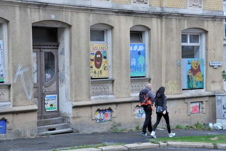 Tristesse vor vergammelnden Fassaden. Der Stadtteil bleibt das Sorgenkind der Stadt Chemnitz.