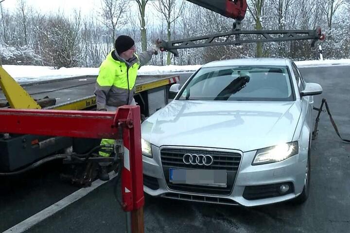 Im Stau konnte auch noch ein zweiter Audi gesichert werden.