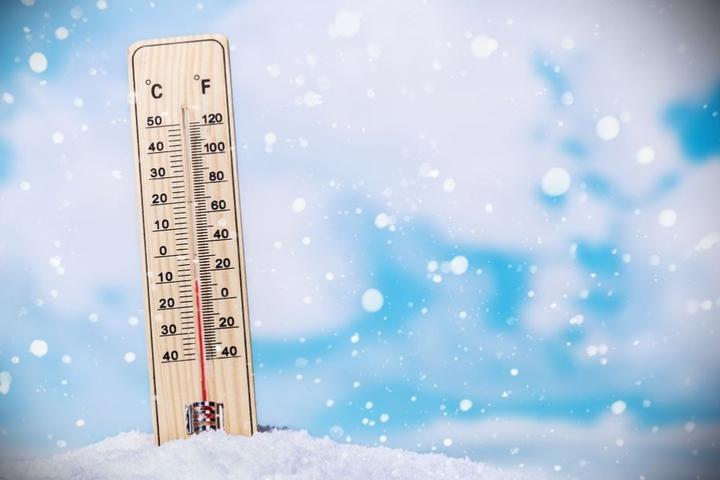 Die Temperaturen kühlen sich deutlich ab. (Symbolbild)