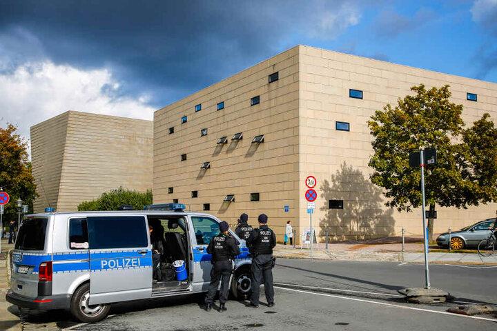Synagogen sollen besser und vor allem besser abgestimmt beschützt werden.