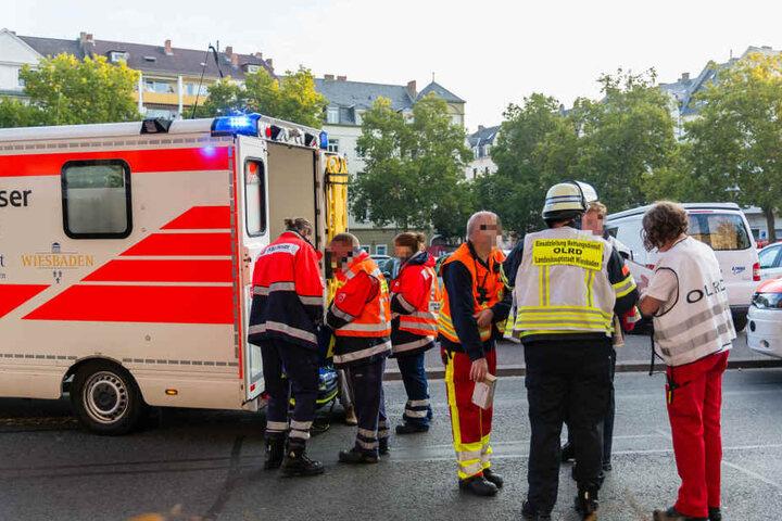 Insgesamt kamen zehn Menschen mit Rauchvergiftungen ins Krankenhaus.