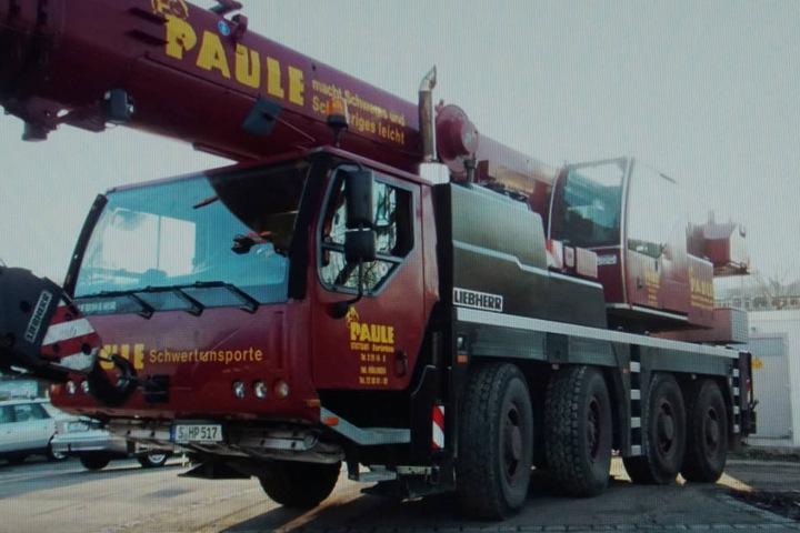 48 Tonnen schwer, derzeit noch etwa 230.000 Euro wert und von der Polizei gesucht: der geklaute Kran.