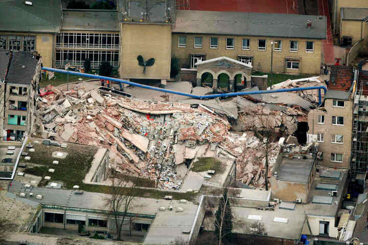 Beim Einsturz des Kölner Stadtarchivs am 3. März 2009 waren zwei Menschen ums Leben gekommen.