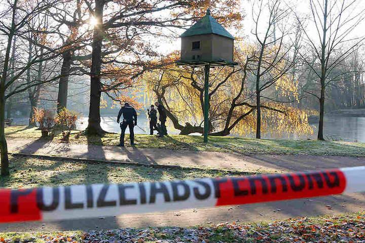 Nach dem gewaltsamen Tod von Sascha B. am Schwanenteich in Mittweida suchte die Polizei nach Spuren.