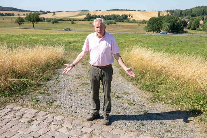 """Gutsverwalter Heribert Meller (62) macht der Stadt schwere Vorwürfe: """"Auf meine Anfragen wird einfach nicht reagiert."""""""