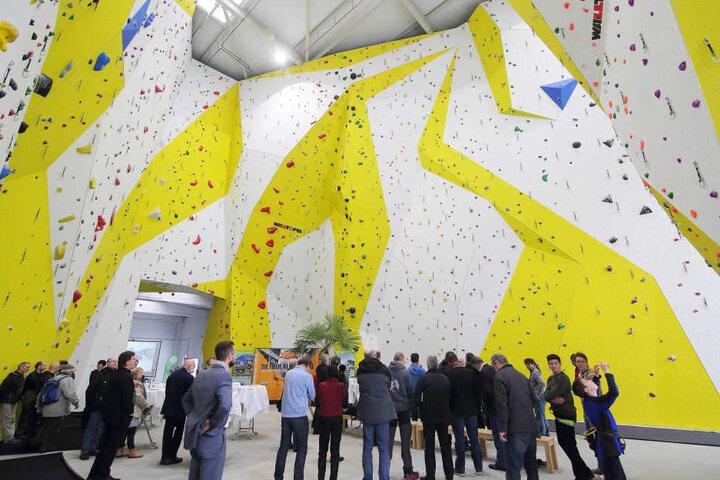 Die Sektion Dresden des Alpenvereins eröffnet im XXL die mit 18 Metern  höchste Kletterhalle in Ostdeutschland.