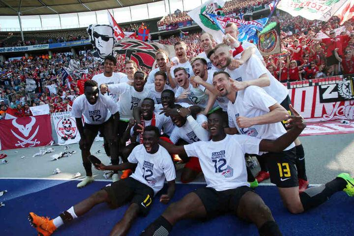 Grenzenloser Jubel: Mit dem Kantersieg bei der Hertha sicherte sich RB Leipzig erneut einen Platz im Europapokal.