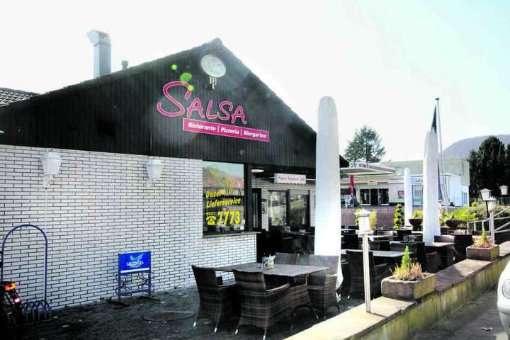 Im Salsa in Höxter könnt Ihr für 4 Euro Eintritt die ganze Nacht tanzen.