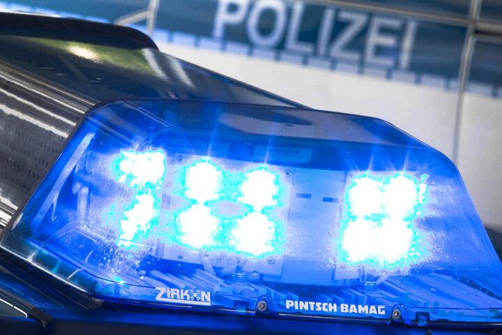 Die Polizei ermittelt in einem Mordfall in Bremen. (Symbolbild)