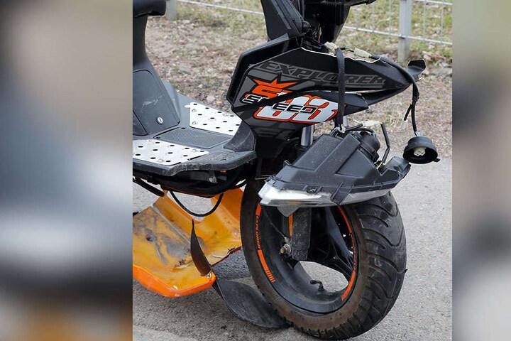 Der Biker wurde bei dem Zusammenstoß schwer verletzt.