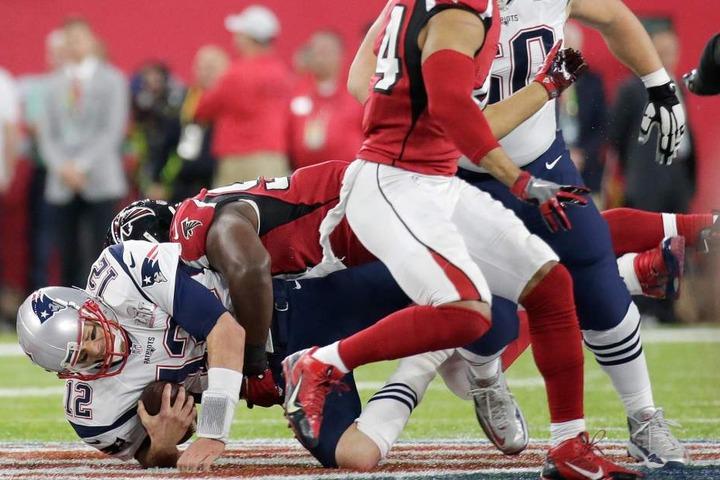 Es war ein hart umkämpfte Partie. Doch am Ende setzten sich die New England Patriots durch.