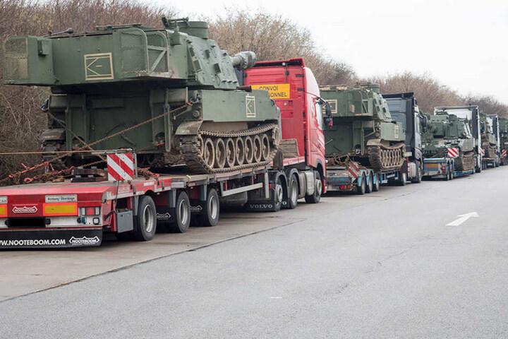 US-Panzer auf A4: Polizei hindert Transporter-Konvoi an Weiterfahrt
