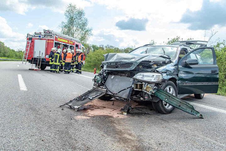 Die Opelfahrerin wurde bei dem Unfall schwer verletzt.