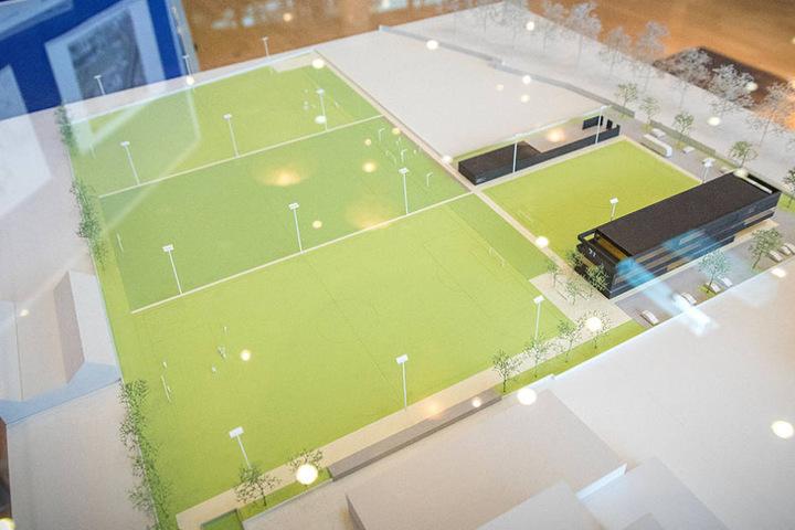 Das Model des neuen Trainingszentrums wurde bei der Mitgliederversammlung im November vorgestellt.
