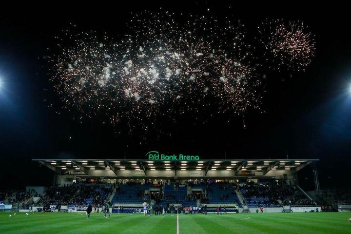 Nach dem Umbau wurde die PSD Bank Arena, Heimspielstätte des FSV Frankfurt, im März 2018 wiedereröffnet.