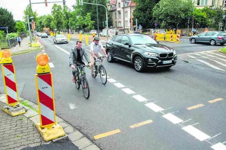 Die markierten Radwege taugen auch in der Praxis. Dafür sind die Straßen  statt zweispurig nur noch überbreit.