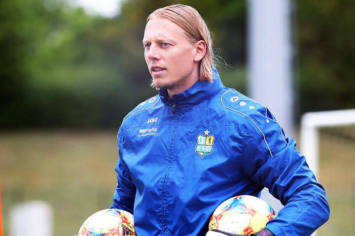 Marcel Höttecke ist der neue Torwarttrainer beim Chemnitzer FC. Er bringt viel Erfahrung mit - als Ex-Keeper und von seiner Arbeit als Coach der Nachwuchs-Schlussleute von Borussia Mönchengladbach.