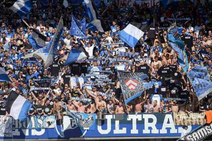 Mehrere Randalieren gehören der Ultrasszene von Arminia Bielefeld an.