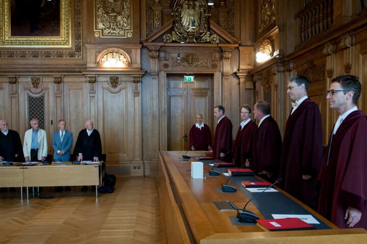 Der 5. Strafsenat sprach die angeklagten Mediziner frei.