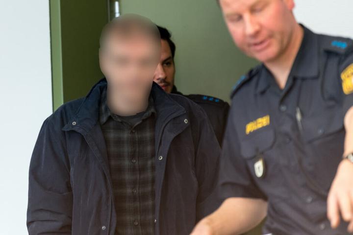 Ein 54-jähriger Mann muss sich im Zuge des Doppelmordes vor Gericht verantworten.