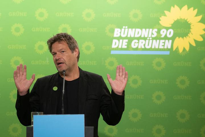 Im Gegensatz zu Linken erhalten Grüne oft Einladungen zum Talken. Unter anderem Robert Habeck (48).