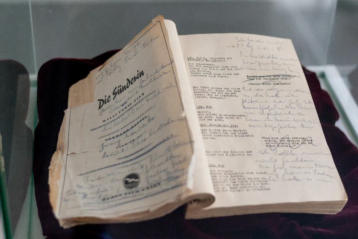 """Das Drehbuch von """"Die Sünderin"""" bleibt dem Filmmuseum Bendestorf erhalten."""