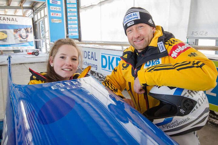 Nachwuchs-Bob-Pilotin Vivian Bierbaum (16) und ihr Trainer Rene Thierfelder  (48) trainieren in Altenberg für Olympia.