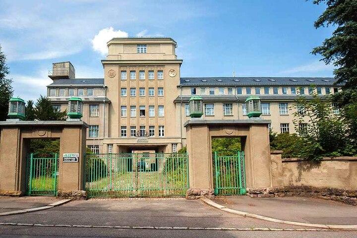 Im Färbereigebäude der früheren Nähfadenfabrik Kabis in Oederan war das Außenlager des KZ Flossenbürg untergebracht. Hier musste Helga Pollak-Kinsky (88) für die Auto Union Zwangsarbeit leisten.
