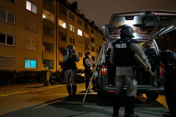 Nach den schrecklichen Angriffen auf drei Frauen mobilisierte die Polizei alle Kräfte. (Archivbild)