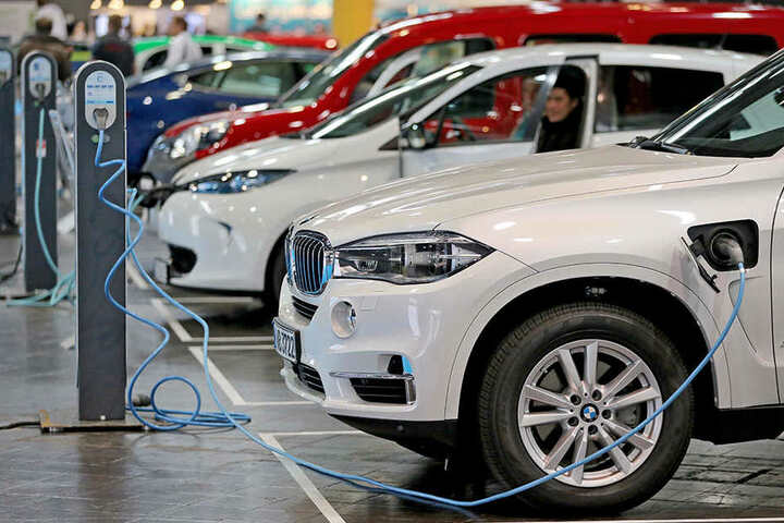 Die Batterien von Elektroautos brauchen Lithium  - und das gibt es in Sadisdorf.
