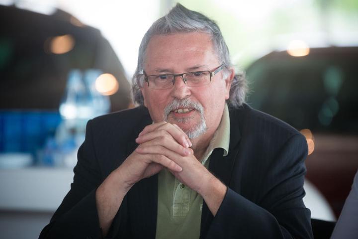 Peter Siebecke (70) ist der Zwerg Schnullibert.