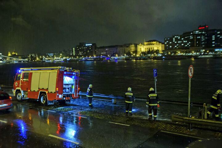 Bei dem Unglück kamen mindestens sieben Menschen ums Leben.