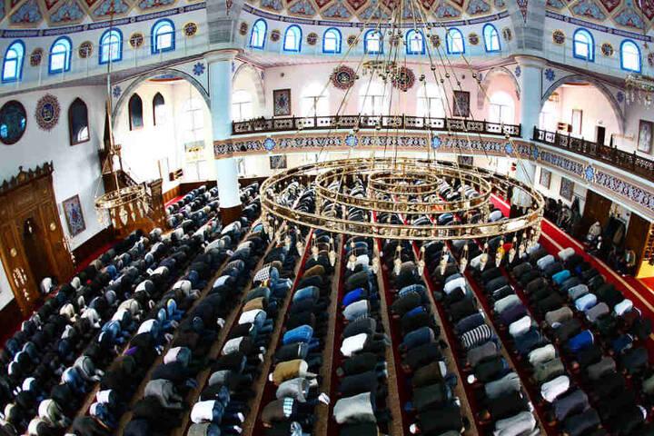Der Moscheeverband Ditib ist immer wieder wegen seiner Nähe zur türkischen Regierung in die Kritik geraten. (Symbolbild)