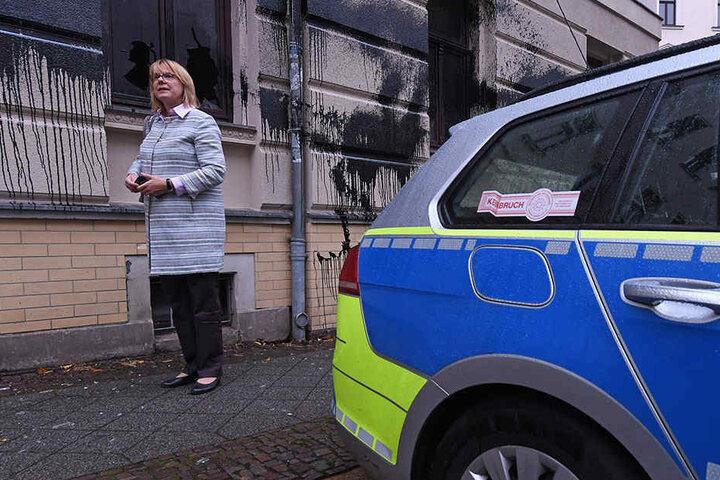 Auch die CDU wurde Opfer von Angriffen- etwa das Büro der umstrittenen Leipziger Bundestagsabgeordneten Bettina Kudla (54).