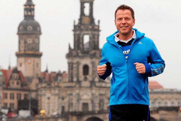 Ob es regnet oder die Sonne scheint - Radiomoderator André Hardt (49) hat ein Jahr für den Ironman trainiert.