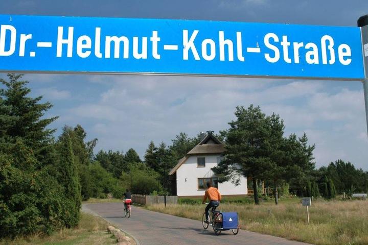 Auch in Leipzig könnte - wie hier in Loddin auf Usedom - bald dieser Straßenname auftauchen.