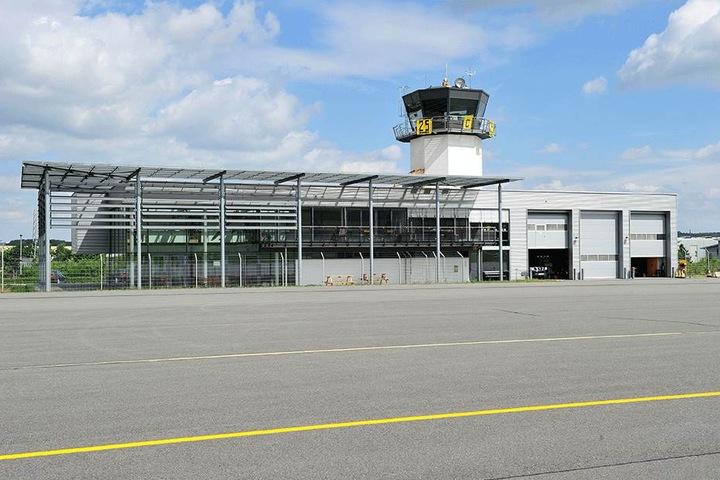 Der Verkehrslandeplatz Jahnsdorf. Seit Jahren wird über die Verlängerung der  Landebahn auf 1 200 Meter debattiert.