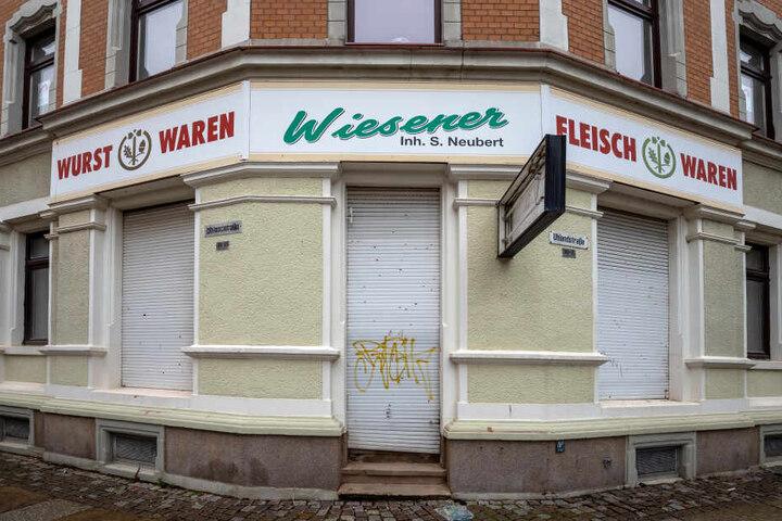 """""""Peacefood"""" zieht samt veganem Bistro in die Uhlandstraße 30. Dort wohnt derzeit noch ein Fleischer."""