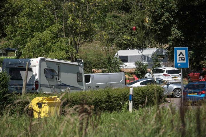 Mit Wohnmobilen und Wohnwagen ziehen die Landfahrer jedes Jahr durch Hessen.