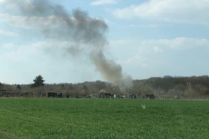 Der Flugzeugabsturz ereignete sich am Sonntagnachmittag bei Egelsbach südlich von Frankfurt.