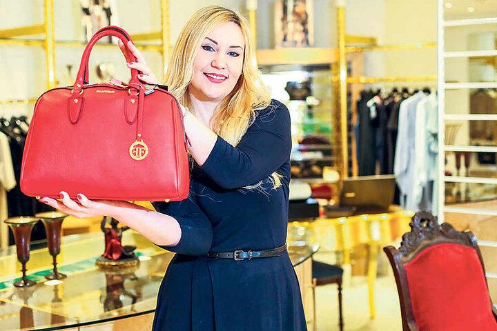 Schick, oder? Chefin Viktoria Prokura liebt nicht nur Handtaschen,  sondern vor allem italienische Mode.