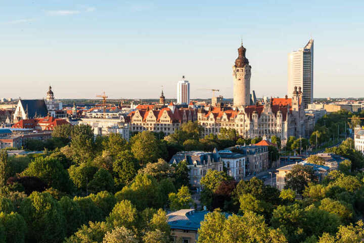 In drei neuen Wohnanlagen in Leipzig sollen 353 Wohnungen entstehen - davon 151 Sozialwohnungen.