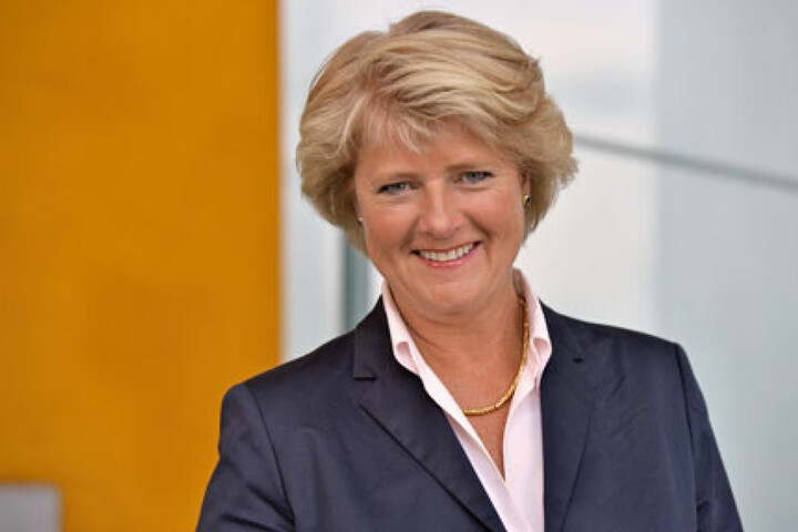 Kulturstaatsministerin Prof. Monika Grütters (55) zeichnete den Bunker Ulmenwall aus.