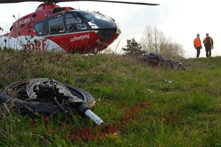 Der 24-jährige Motorradfahrer verstarb noch am Unfallort.