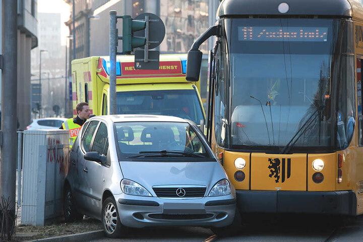Nahe der Haltestelle Prager Straße in Dresden kam es zum Unfall.