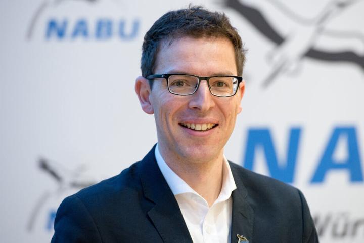 Fordert mehr Geld, damit Wildtiere sicher über Straßen kommen: Nabu-Landeschef Johannes Enssle.