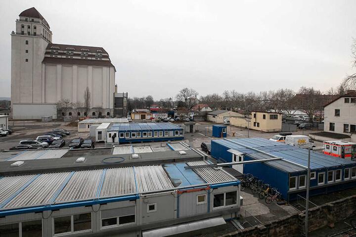 Das Übergangs-Ankerzentrum in Dresden: Anker steht für Ankunft, Entscheidung und Rückführung.