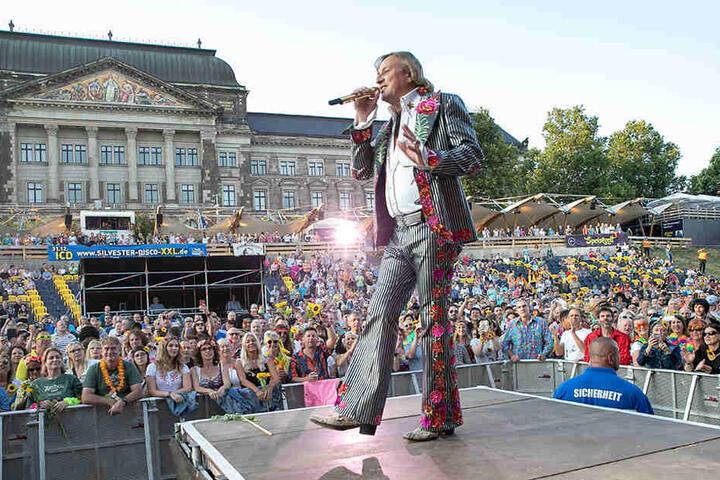 Neben mehr Filmen soll auch die Anzahl der Konzerte erhöht werden. Dieter Thomas Kuhn & Band gastierte am 13. Juli 2018 bei den Filmnächten am Elbufer.
