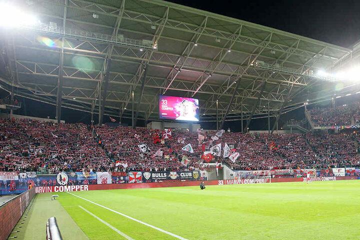 In einem neuen Stadion hätten noch mehr RB-Fans Platz.