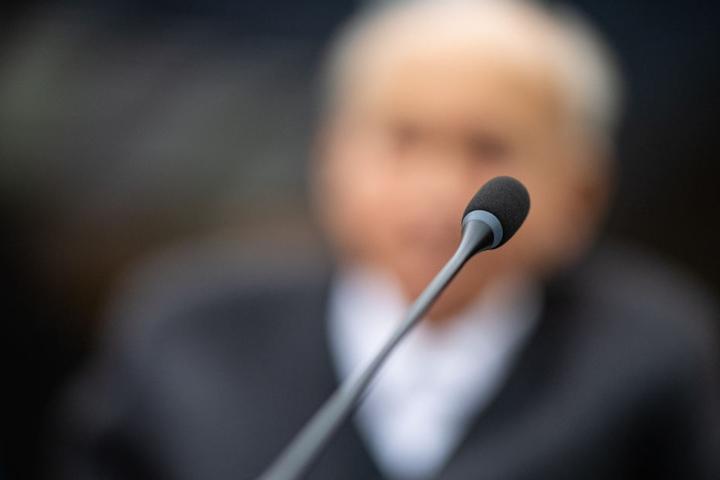 Der 94-Jährige bestreitet die Gräueltaten im Konzentrationslager Danzig.